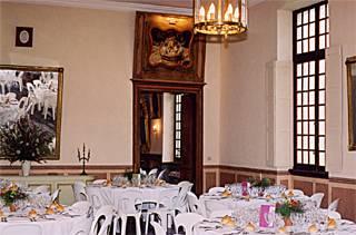 wedding chateau place event in castle ch teau de gaujacq gaujacq aquitaine chateaux france. Black Bedroom Furniture Sets. Home Design Ideas