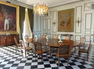 Wedding chateau place event in castle ch teau de valen ay for Chateau d ax table de salle a manger