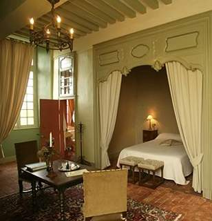 Bedrooms in Inn, bed and breakfast, Château de Villiers, Essay,Basse ...